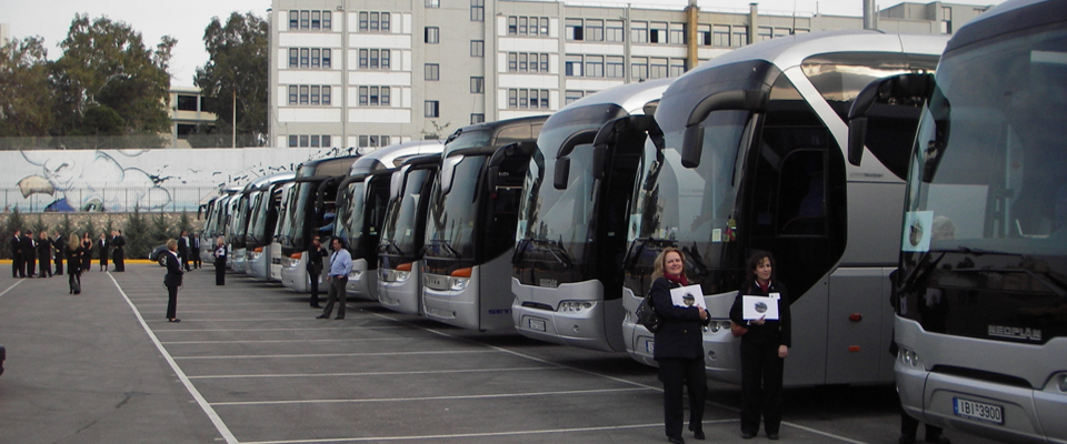 QM2 coaches for Worldcruise event